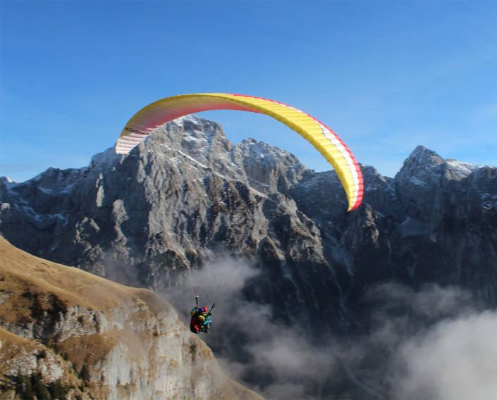 Paragliding from Mangart. Photo: Petra Repič